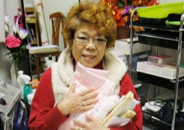 被災した美容師への物資支援